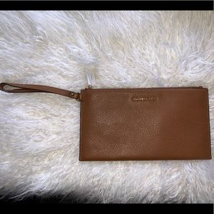 MICHAEL KORS- Genuine Leather Wristlet